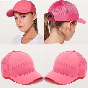 Lululemon Dash and Splash Hat Glossy